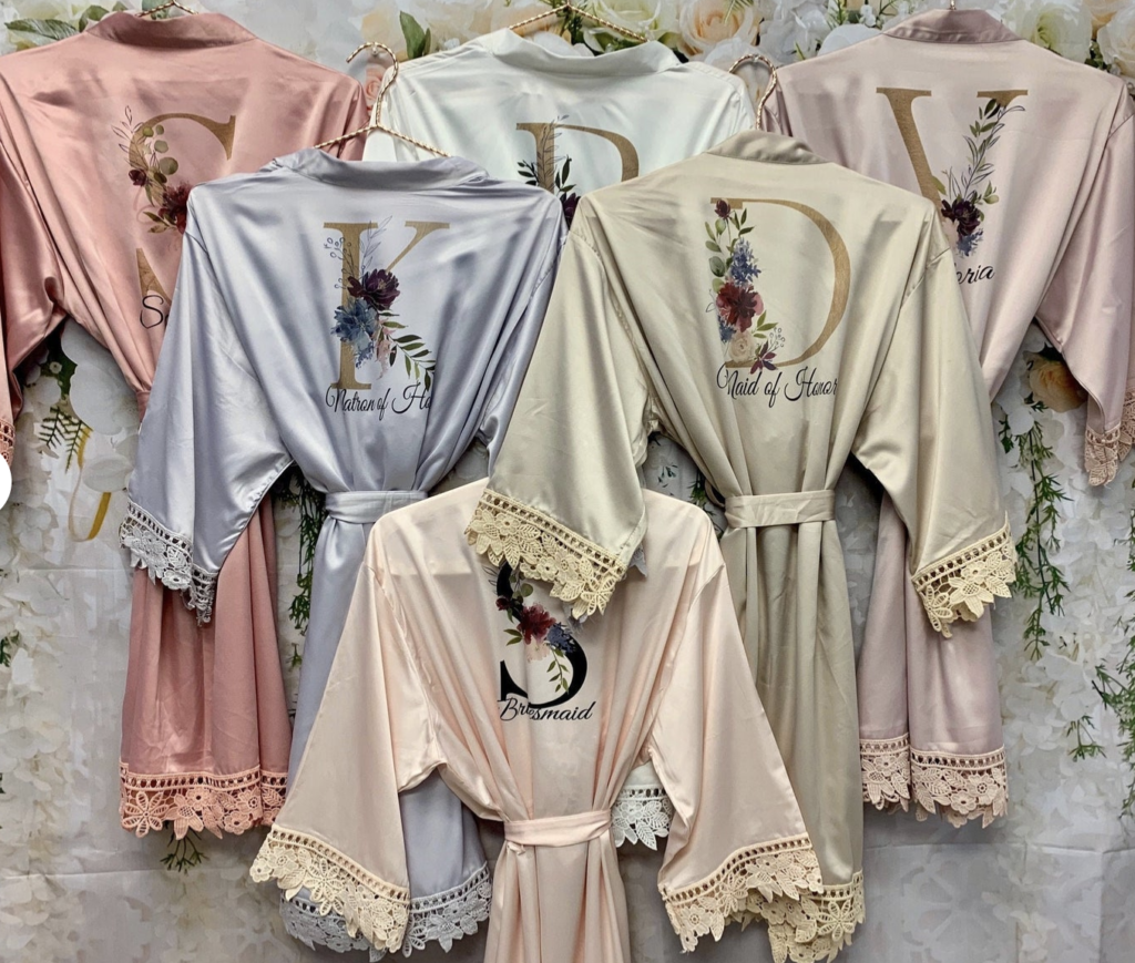 ideas for small gifts for bridesmaids